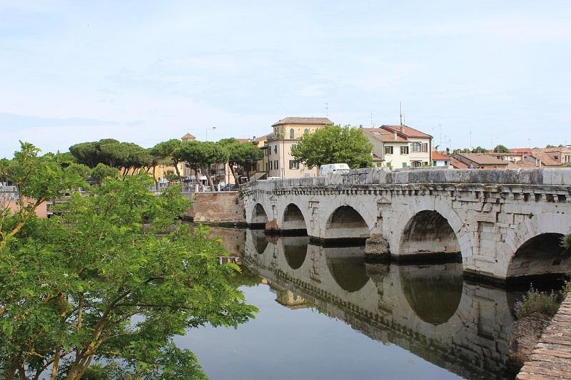 Rimini, Ponte di Tiberio