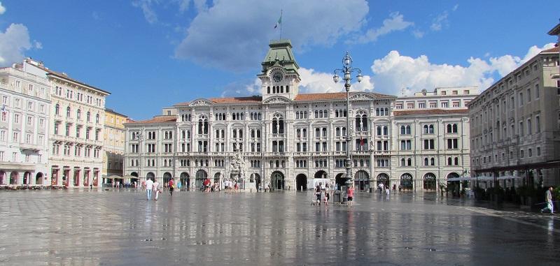 Piazza Unità d'Italia, Trieste