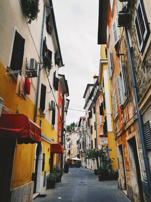 Strada a Pirano